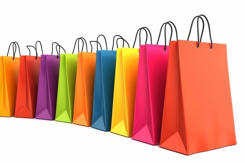 Sử dụng túi giấy thể hiện thành ý của người tặng đến người được tặng