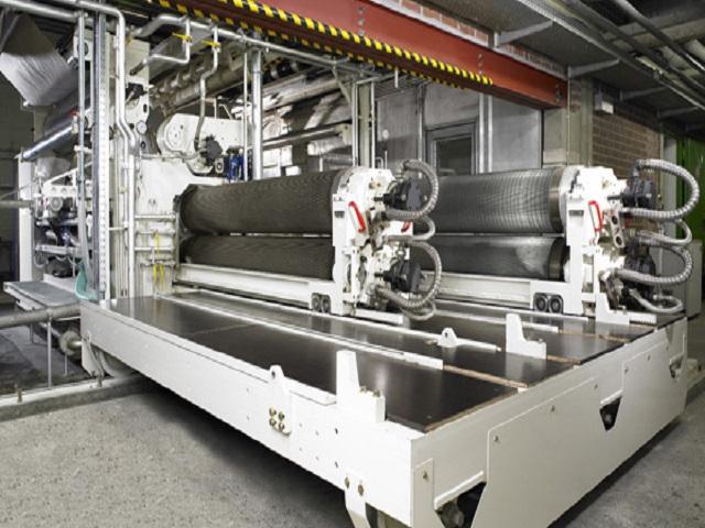 Máy chạy sóng giấy